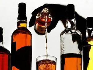 El tratamiento del alcoholismo por el método de la introducción torpedo